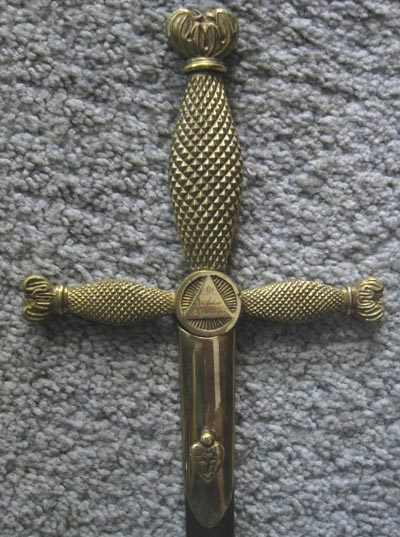 Templar sword with pyramid